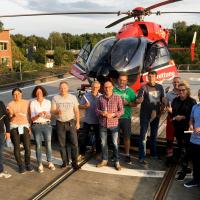 """""""Bewaffnet"""" mit Wattestäbchen im Kampf gegen den Blutkrebs: Die Crew von Christoph 42 ist nun in der Spenderdatei der DKMS."""