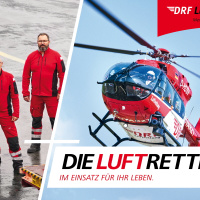 Für das Dortmunder Team sind stellvertretend Notarzt Dr. Axel Schellongowski (rechts), HEMS-TC Magnus Poth (Mitte) und Pilot Ulrich Weigang abgelichtet.