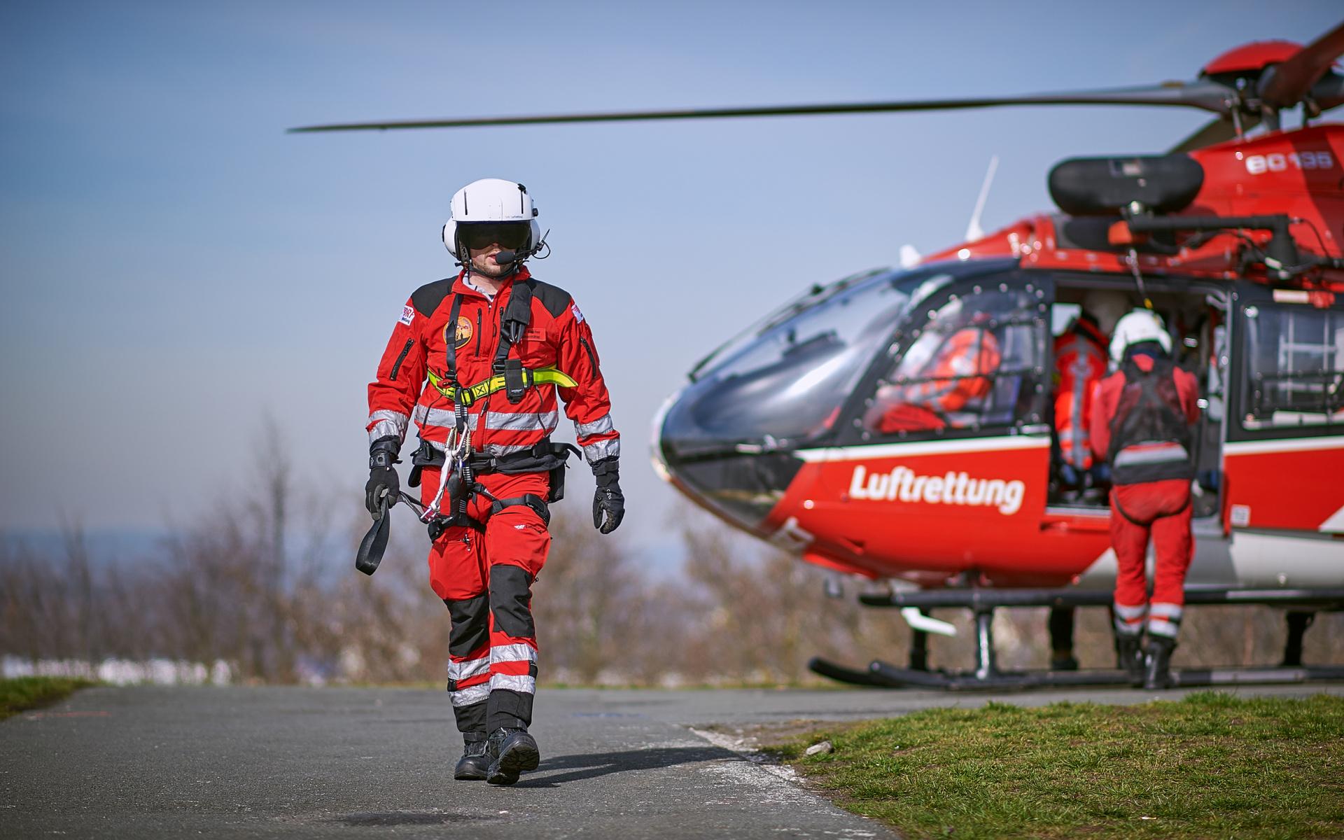 Die DRF Luftretter sind an 365 Tagen im Jahr im Einsatz, um Menschen in Not schnellstmöglich zu helfen.