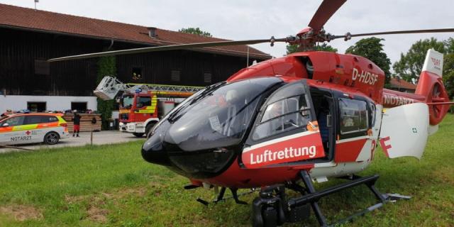 Nach knapp zehn Minuten erreicht Christoph München den Einsatzort, einen Hof in Dietramszell.