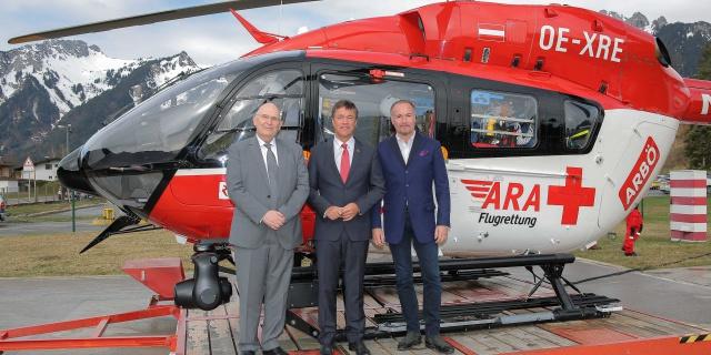 von links nach rechts: Dr. Peter Huber, Dr. Peter Rezar, Präsident des ARBÖ und von der ARBÖ Generalsekretär Kommerzialrat Magister Gerald Kumnig